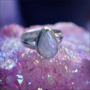 Jewelry - Sterling Silver Moonstone Teardrop Ring